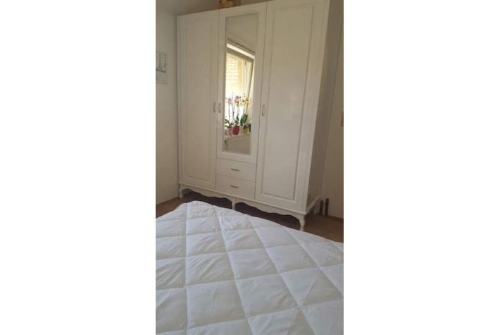 Garderober Beli Klasik